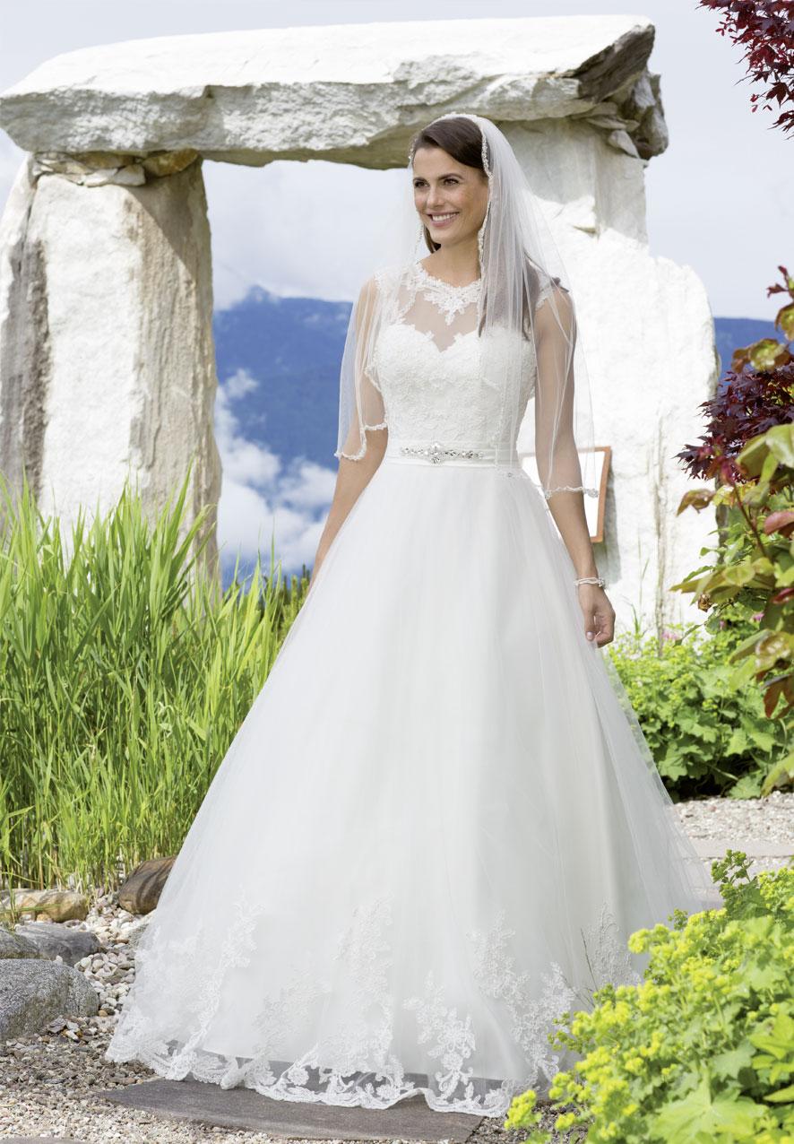 Wo Brautkleid Verkaufen | Hochzeitsmode Pulsnitz Brautkleider Verkauf Und Verleih