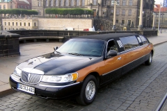 2-Stretch-Limo-Dresden