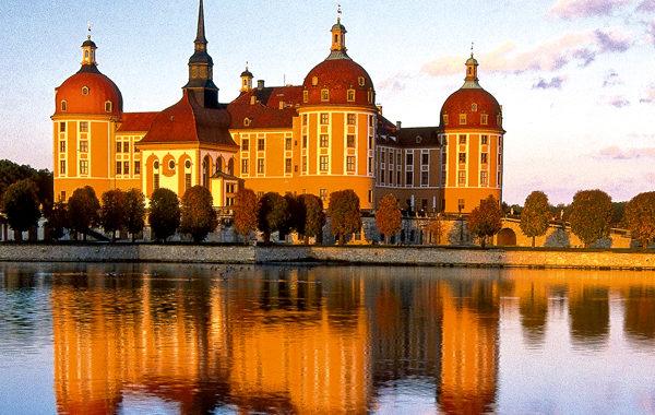 Hochzeit auf Schloss Moritzburg und die Hochzeitsfeier im Moritzburger Schlossrestaurant