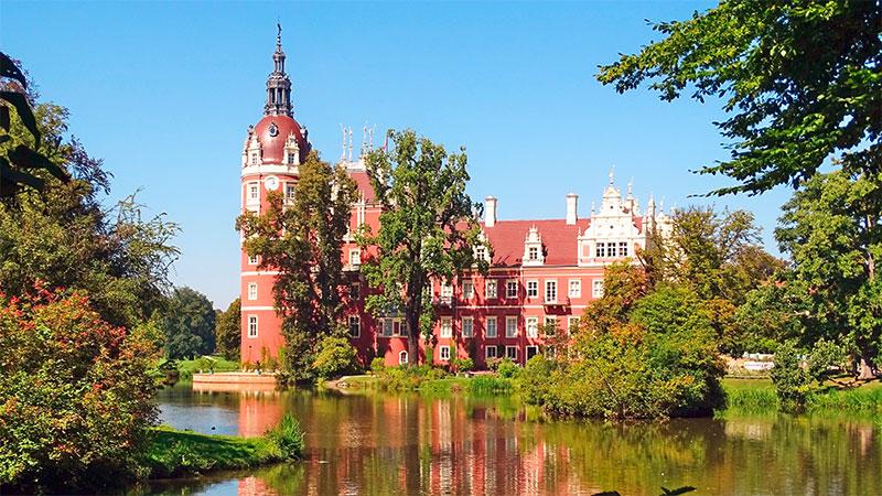 Neues-Schloss-Bad-Muskau